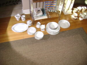 Rose China Bordeaux(Japan) dinner service for 6 incl  35 pieces