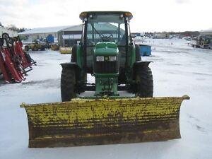 John Deere 5225 Tractor Cambridge Kitchener Area image 3