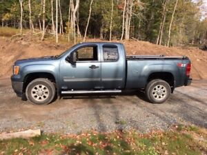2011 GMC Sierra 2500-Pickup Truck for sale