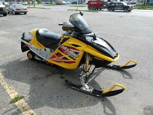 2005 ski doo mxz sdi 600 LOW KMS