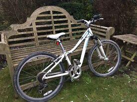 "Girls Hot Rock Mountain Bike - White 24"" Wheel"