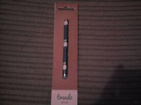 Trendz Universal Touchscreen Penguin Stylus