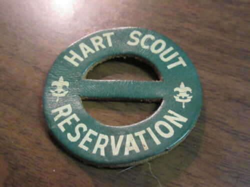 Hart Scout Reservation Round Leather Neckerchief Slide     c30
