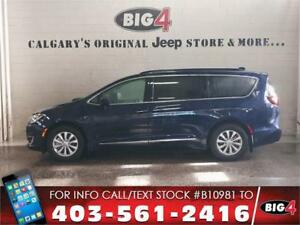 2017 Chrysler Pacifica Touring-L | Leather | 8 seats | Safety Gr