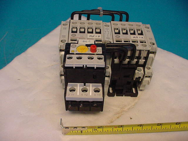 SZ 1 GE Motor Starter Reverser LDR01AD with relay blocks CL01A310T RT1K Overload