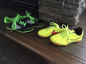 INDOOR SOCCER SHOES, NIKE, UMBRO, YOUTH BOYS GREAT SHAPE