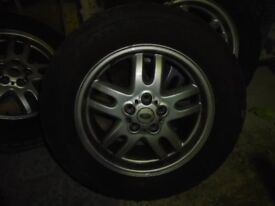 "Range Rover Alloys 18"" x 4 - £120"