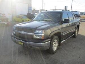 2004 CHEVROLET AVALANCHE 4X4, SAFETY AND WARRANTY $7,950
