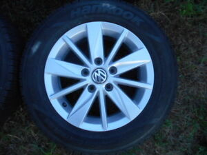 VW 15 inch alloy rims with or without tires