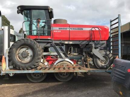 MASSEY FERGUSON 9635 SP WINDROWER WITH 25FT DRAPER