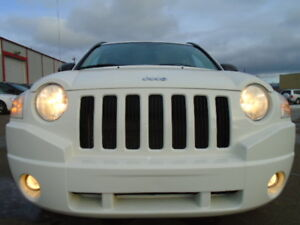 2010 Jeep Compass SPORT PKG---ONE OWNER---5 SPEED---ONLY 92KM
