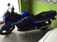 Kawasaki Ninja ex500 2005 11,000 *miles* 2500$ !
