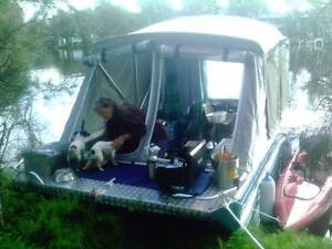 CAMPING BOAT AND TRAILER Fern Bay Port Stephens Area Preview