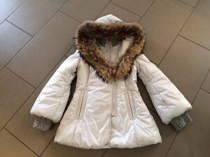 Manteau hiver en duvet pour femme medium de Mackage blanc perle