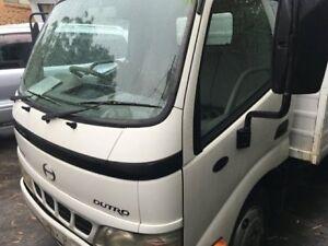 2006 Hino Dutro XZU305R Upgrade 4500 Short Hi Grade White Cab Chassis 4.0l 4x2