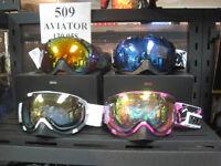 Lunette de ski et planche à neige 509