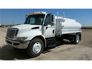 International 4300 water truck
