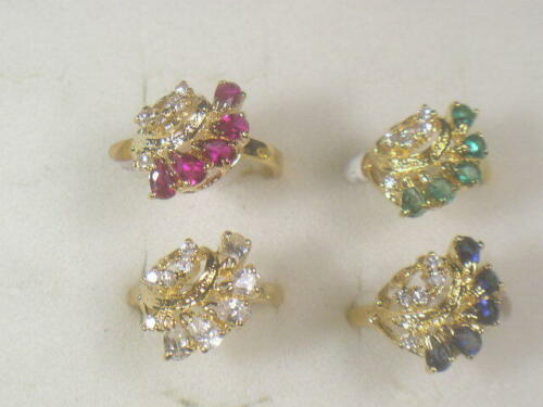 4   RINGS VINTAGE  DESIGNER  SIMULANTED DIAMOMDS CUBIC ZIRCONIA CZ