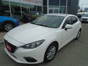 2014 Mazda Mazda3 **BACKUP CAM, BLUETOOTH & CRUISE!** GS SPORT