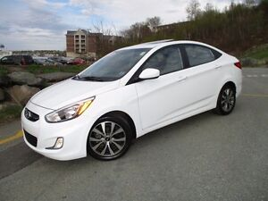 2017 Hyundai ACCENT SE SEDAN (MOONROOF, ALLOYS, FOG LIGHTS, HEAT