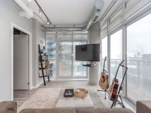 Southeast Views From Floor To Ceiling Windows
