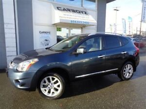 2013 Nissan Rogue SL AWD, Navigation, Sunroof, Leather