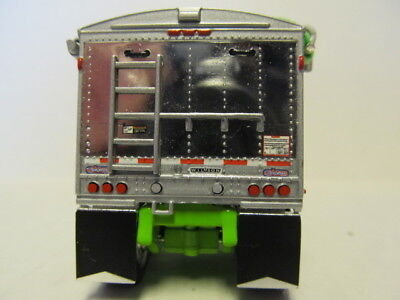DCP 1/64 SCALE WILSON GRAIN TRAILER (HOPPER BOTTOM)  WHITE /LIME GREEN BOTTOM 3