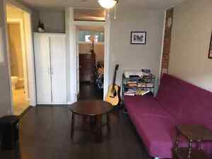 1 Bdrm Apt in Downtown Heritage Townhouse Kingston Kingston Area image 2