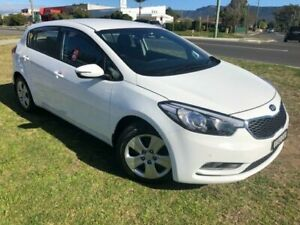 2015 Kia Cerato YD MY15 S White 6 Speed Automatic Hatchback Dapto Wollongong Area Preview