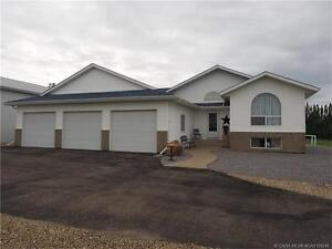 REDUCED! ACREAGE FOR SALE: 39113 RR 10