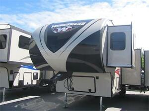 WINNEBAGO 28FWBHS 5TH WHEEL WITH BUNKS SAVE $12,000