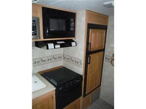 2007 Palomino T21FBSL Ultra Lite Travel Trailer with slideout Stratford Kitchener Area image 11