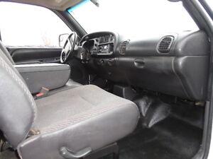 2002 Dodge Power Ram 3500HD--FLATBED-5.9 i6 CUMMINS TURBO DIESEL Edmonton Edmonton Area image 16