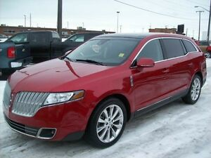 2010 Lincoln MKT AWD-7PASS-LEATHER-PANOROOF-NAVI Edmonton Edmonton Area image 3