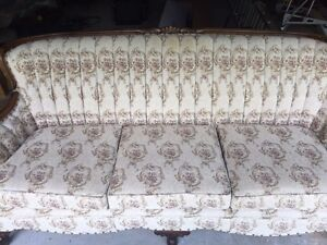 Antique - Coombe Furniture Co. Classic Couch