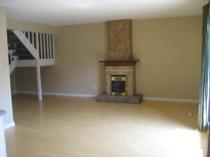 $1200--2 story-2 bedroom Townhouse Condo Meadowlark for March 1