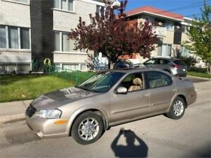 2000 NISSAN MAXIMA - automatic- **TRES PROPRE**   CUIR-TOIT-MAGS