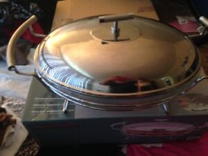BARGAIN NEVER USED STAINLESS STEEL CASSEROLE WITH TEA LIGHTS