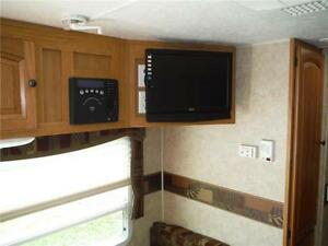 2010 Palomino T291 Ultra Lite Travel Trailer with Slide & Bunks Stratford Kitchener Area image 12