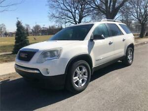2008 GMC ACADIA , 4X4 , AUTOMATIQUE , 7 PASSAGERS ,  6 CYLINDRE