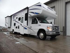 Gulfstream 32 foot Class C Motorhome with Luxury Package!