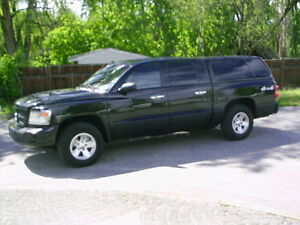 2008 Dodge Dakota SXT Pickup  4X4 CANOPY 6 SPEED
