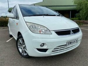 2010 Mitsubishi Colt RG MY11 VR-X White 5 Speed Constant Variable Hatchback Mount Druitt Blacktown Area Preview