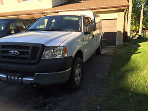 2005 Ford F-150 Pickup Truck London Ontario image 1