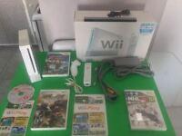 Wii complete avec nunchock et jeux - 90$