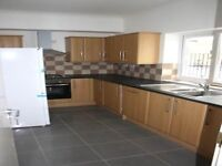 A Spacious 2 Bedroom Flat Available on Dalston Lane !
