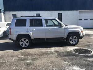 2011 Jeep Patriot Sport-FULL-5VITESSES-MAGS-4X4