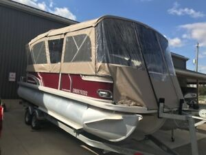 2017 Princecraft Vectra 23 LT Pontoon Boat