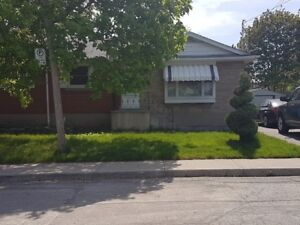 Bungalow main floor beside St. Joseph Hospital Hamilton