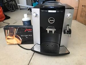 Commerical Cappuccino/Expresso Maker Almost New!